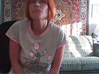 Russian mom Svetlana 49 years spreads her legs on Skype,
