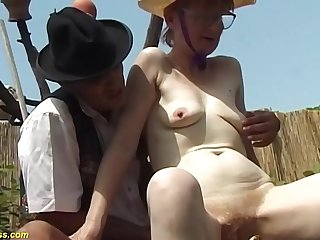 german hairy granny outdoor fucked with huge turnip