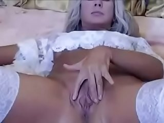 mom showing her horny pussy to her son on cam