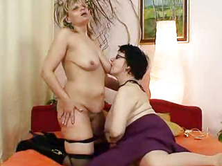 Amateur grandmothers dirty lesbian pussy games